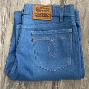 Vintage brown tag Levi's straight leg size 36 x 30